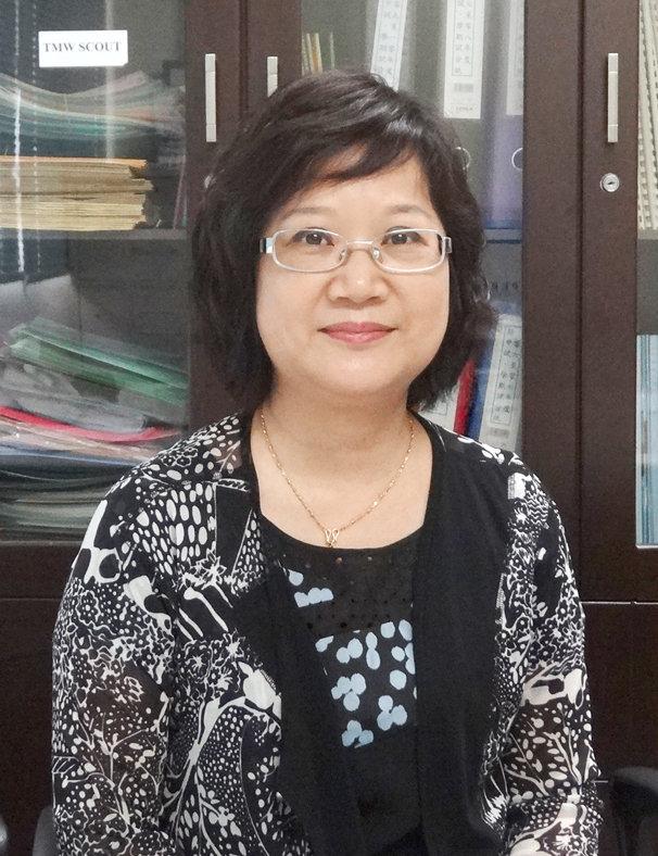 鄭校長表示使用App後,省卻同工逐一致電通知家長等行政工作。