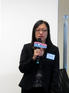 潘佩子校長意識到減輕校務人員工作量的迫切性。